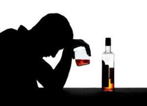 Dlaczego tak trudno jest zdecydować się na leczenie alkoholizmu?